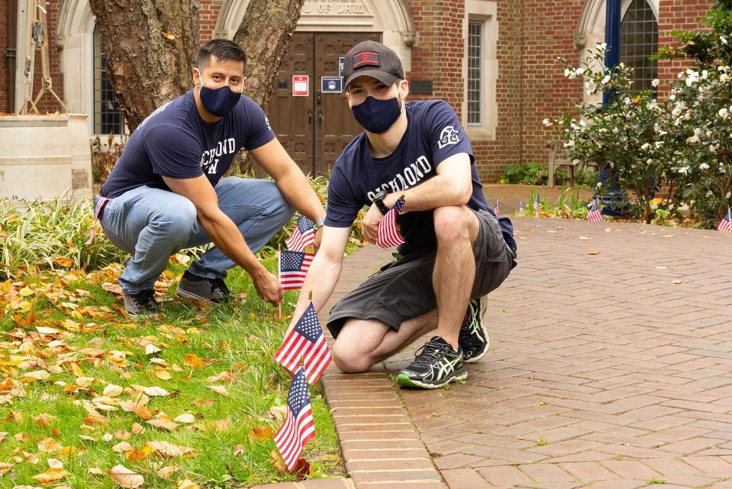 In honor of Veterans Day, #URichmond law students and members of the Veterans and Military Law Association placed 22 miniature flags lining the entrance of the law school. Each flag represents one current student or faculty member who served our country as a member of the armed forces.