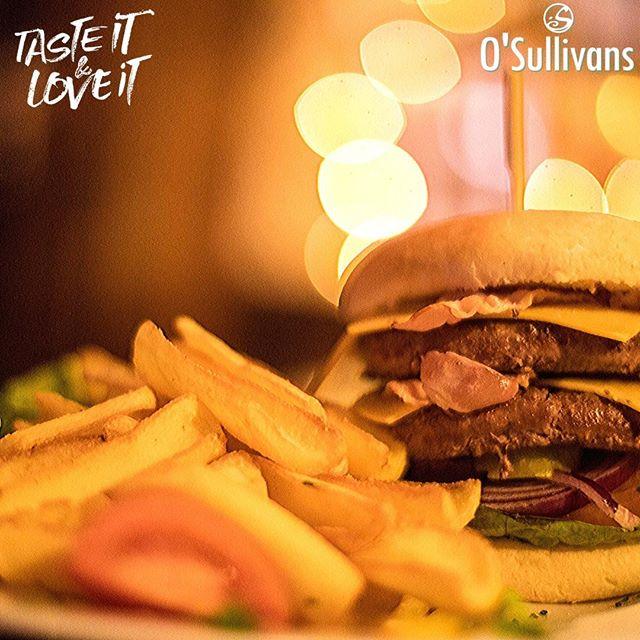 Un big boy pour prendre des forces ? #loveburger 🍔 #theplacetobe . . #TGIF au #osullivans ! #joinus pour un #weekend de folie 💥 . . #party 🎧#djset  #livesport 🏉 #6nations #goodvibes & #crazystaff 😜 👉#followus