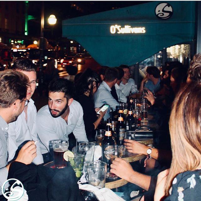 ✍️ VOUS TRAVAILLEZ LA SEMAINE ? 🙌 VENEZ FÊTER LE WEEKEND ! ⠀  - - ⠀ 🕺 Fêtez la rentrée ce weekend chez nous en terrasse et à l'intérieur ! ⠀ 👏 Nous pouvons accueillir des groupes nombreux ! ⠀ Réservations possibles ! ⠀ 📲 07 67 39 98 74 ⠀ 📩 events.gb@osullivans-pubs.com ⠀ - - ⠀ EVENTS ⠀ - - ⠀ 🎧 Vendredi soir - @djaykoi à partir de 23H ⠀ ⚽️ Samedi soir - Ligue des Nations  Suède VS France - 20H85  Live DJ à partir de 23H  🍗 Dimanche - SILLY SULLY'S SUNDAY  Bucket of wings - 10€⠀ - - ⠀ #osgb #osullivans #Paris #grandsboulevards #irishpub #bar #rentree #afterwork #weekend #terrasse #fridaynight #sortieparis #livedj
